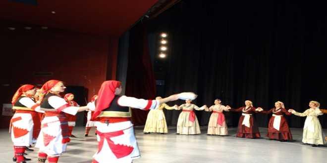 Η επετειακή γιορτή των Λυκείων των Ελληνίδων στα Γιαννιτσά (βίντεο)