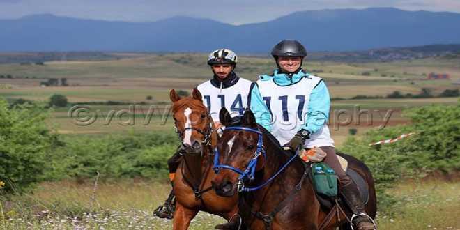Δημήτρης Μητώνας: Ο πρωταθλητής ιππέας από τα Γιαννιτσά προκρίθηκε με την Εθνική Ελλάδας, στους Βαλκανικούς αγώνες αντοχής