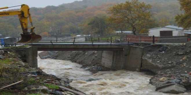 Υποχώρησε η γέφυρα των Προμάχων – Δήμαρχος Αλμωπίας: «Σε κατάσταση εκτάκτου ανάγκης ο δήμος»